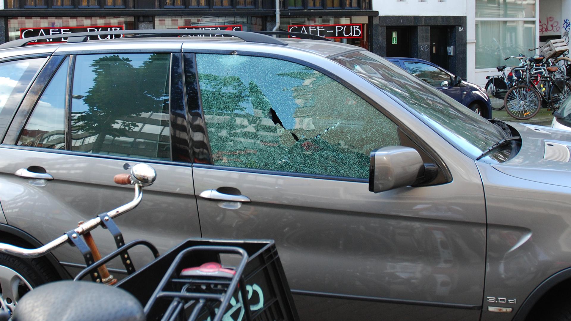 Ernstig schietincident hoek Ferdinand Bolstraat - Van Ostadestraat