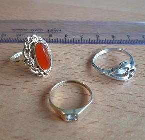 Van wie zijn deze ringen?