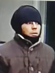 Man steelt tas uit bedrijfsbus, wie kent hem?