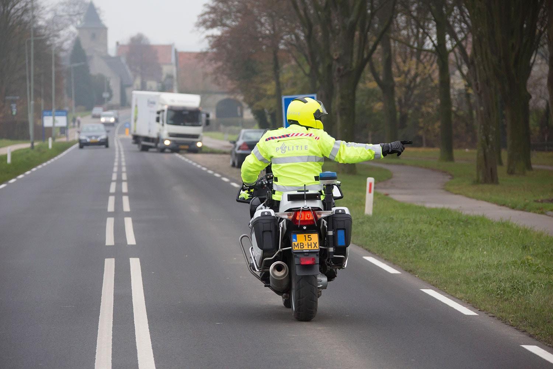 Vrachtwagenchauffeur betrapt op tachograafmanipulatie.