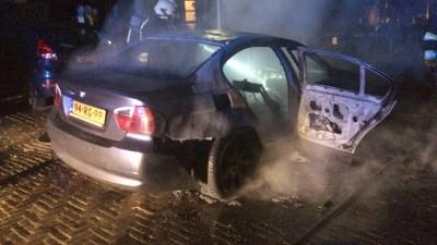 Uitgebrande auto Muiderberg