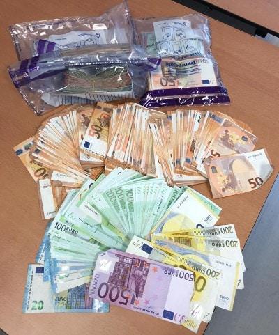Afbeelding aangetroffen contant geld