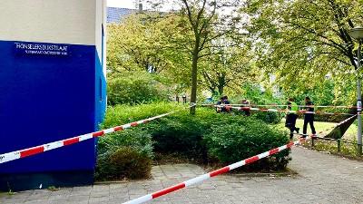 Amsterdam – Politie schiet man met mes neer, man overlijdt