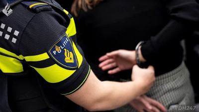 Den Haag - Vijf aanhoudingen door EVA-Team