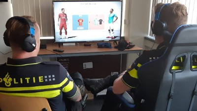 Helmond - Politie Peelland daagt jonge gamers uit