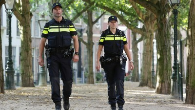 Breda - Alerte getuige ziet kinderen met wapens