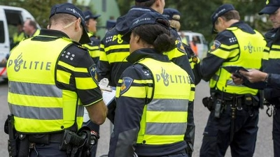 Landsmeer - Aanhouding drie verdachten straatroof Landsmeer