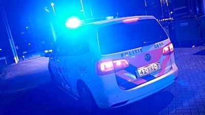 De politie heeft donderdagnacht aan de Plutolaan een 30-jarige man in zijn woning aangehouden.