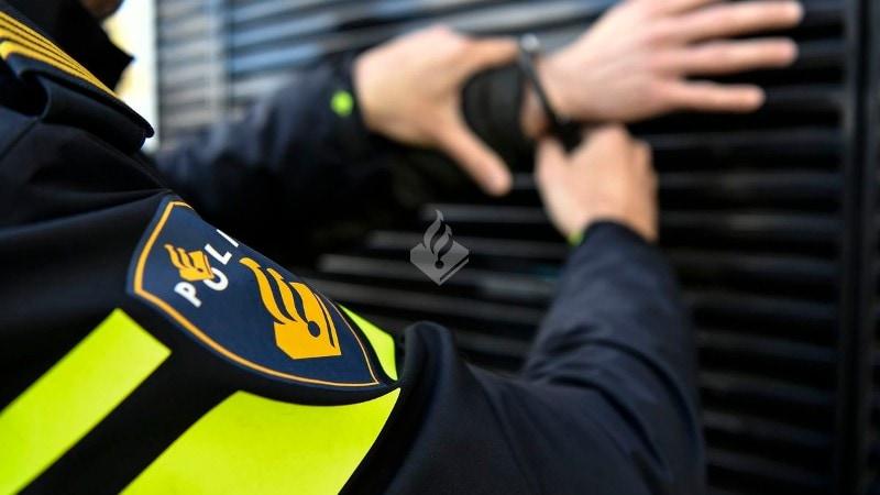 Politie Zoekt Getuigen Van Poging Doodsteken Met Mes