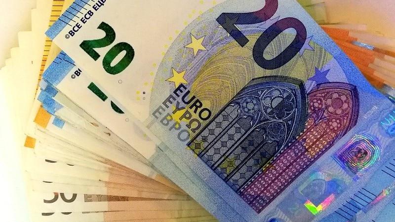 Meer dan een half miljoen euro in auto's en een hennepkwekerij