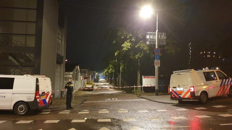Politie Zoekt Getuigen Poging Moord Door Neerschieten Met Vuurwapen Zeeburgerpad