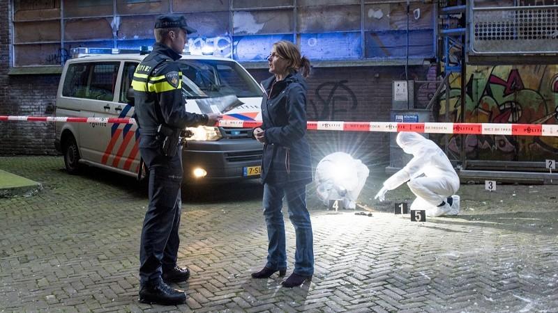 Zwolle - Politie zoekt getuigen steekincident Palestrinalaan
