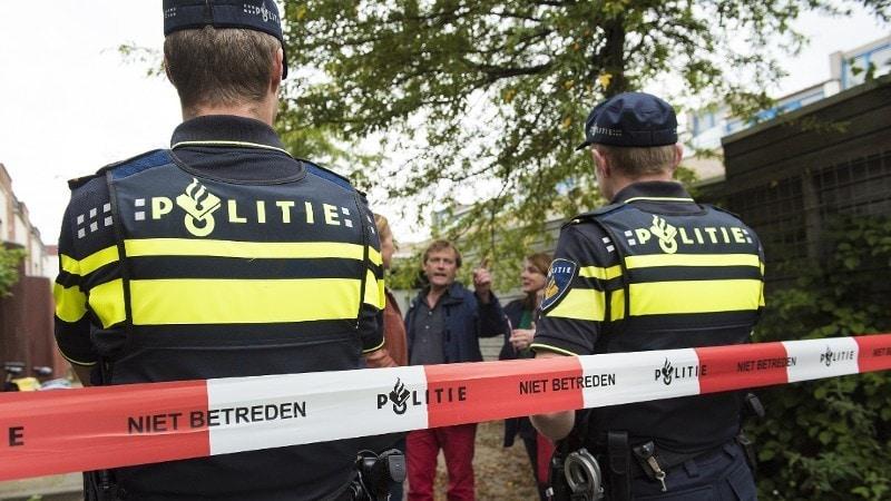 Rotterdam Getuigen Gezocht Van Poging Doodsteken Met Mes In Rotterdam