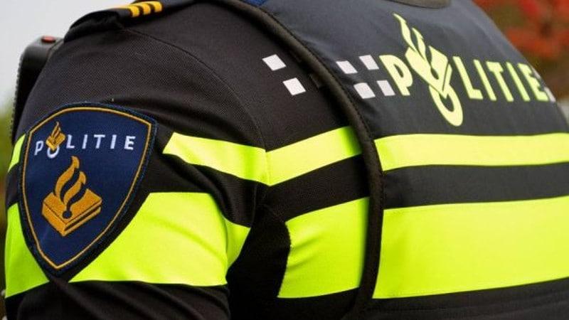 Breda - Zes nieuwe geblurde foto's van verdachten geweld na NAC-NEC op politie.nl
